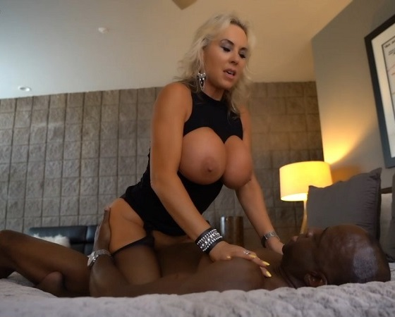 Sandra Otterson Busty Wife Fuck With BBC